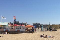 strand voor de deur